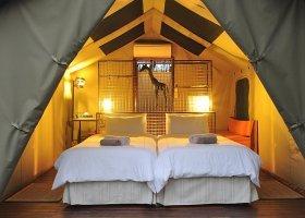 namibie-hotel-etosha-village-005.jpg