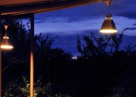 namibie-hotel-etosha-village-014.jpg