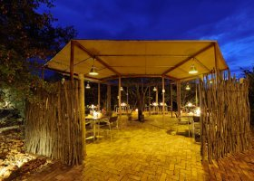 namibie-hotel-etosha-village-016.jpg