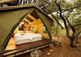 namibie-hotel-etosha-village-018.jpg