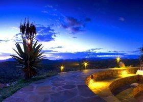 namibie-hotel-gocheganas-lodge-001.jpg