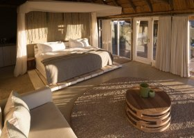 namibie-hotel-little-kulala-lodge-002.jpg