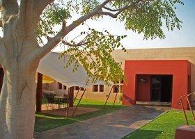 namibie-hotel-sossusvlei-lodge-002.jpg