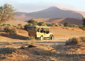 namibie-hotel-sossusvlei-lodge-005.jpg