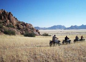 namibie-hotel-sossusvlei-lodge-014.jpg