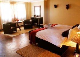 namibie-hotel-zebra-kalahari-lodge-001.jpg