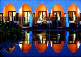 oman-hotel-al-bustan-palace-007.jpg