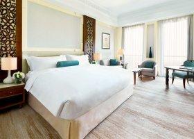 oman-hotel-al-bustan-palace-055.jpg