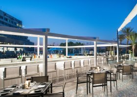 oman-hotel-crowne-plaza-muscat-028.jpg