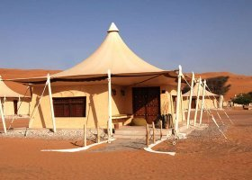 oman-hotel-desert-nights-camps-014.jpg