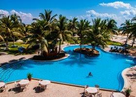 oman-hotel-hilton-salalah-resort-010.jpg