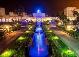 oman-hotel-hilton-salalah-resort-013.jpg