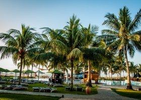 oman-hotel-hilton-salalah-resort-015.jpg