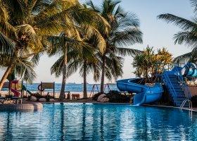 oman-hotel-hilton-salalah-resort-017.jpg
