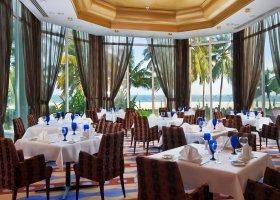 oman-hotel-hilton-salalah-resort-036.jpg