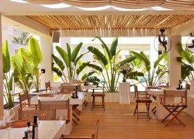 oman-hotel-muscat-hills-resort-011.jpg