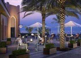 venkovní restaurace Tapas and Sablah