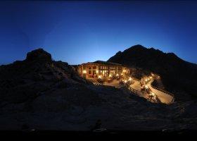 oman-hotel-six-senses-zighy-bay-020.jpg