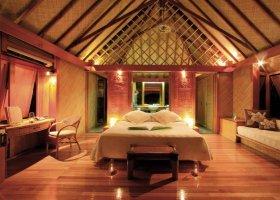 polynesie-hotel-bora-bora-pearl-beach-resort-005.jpg