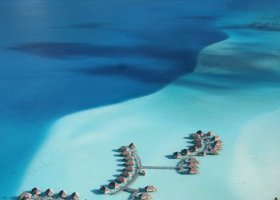 polynesie-hotel-bora-bora-pearl-beach-resort-024.jpg