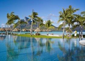 polynesie-hotel-four-seasons-bora-bora-075.jpg