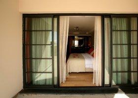 polynesie-hotel-manava-suite-resort-001.jpg