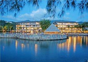 polynesie-hotel-manava-suite-resort-013.jpg