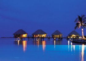 polynesie-hotel-manihi-pearl-beach-resort-005.jpg