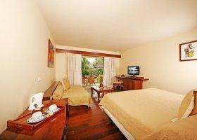 polynesie-hotel-moorea-pearl-resort-016.jpg