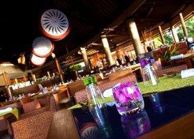 polynesie-hotel-radisson-plaza-resort-013.jpg
