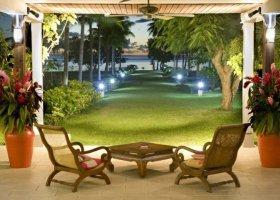 polynesie-hotel-raiatea-lodge-hotel-019.jpg