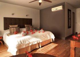 polynesie-hotel-raiatea-lodge-hotel-030.jpg