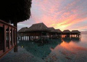 polynesie-hotel-sofitel-ia-ora-beach-resort-009.jpg