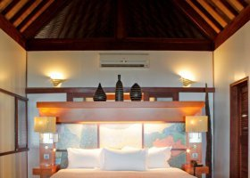 polynesie-hotel-sofitel-ia-ora-beach-resort-031.jpg
