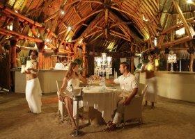 polynesie-hotel-sofitel-ia-ora-beach-resort-032.jpg