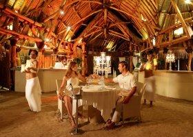 polynesie-hotel-sofitel-ia-ora-beach-resort-052.jpg