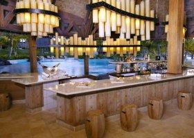 polynesie-hotel-st-regis-bora-bora-020.jpg