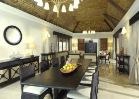 polynesie-hotel-st-regis-bora-bora-023.jpg
