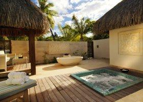 polynesie-hotel-st-regis-bora-bora-031.jpg