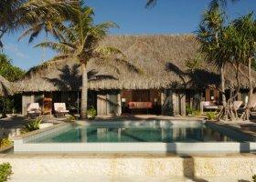 polynesie-hotel-st-regis-bora-bora-034.jpg