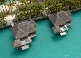 polynesie-hotel-st-regis-bora-bora-036.jpg