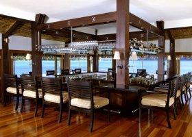 polynesie-hotel-st-regis-bora-bora-037.jpg