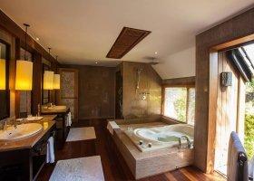 polynesie-hotel-st-regis-bora-bora-067.jpg