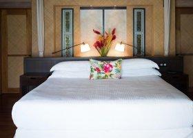 polynesie-hotel-st-regis-bora-bora-071.jpg