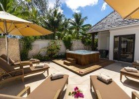 polynesie-hotel-st-regis-bora-bora-096.jpg