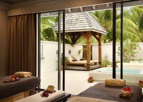 polynesie-hotel-st-regis-bora-bora-098.jpg