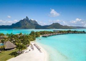 polynesie-hotel-st-regis-bora-bora-108.jpg