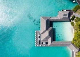 polynesie-hotel-st-regis-bora-bora-111.jpg