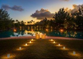 polynesie-hotel-st-regis-bora-bora-112.jpg