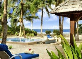 polynesie-hotel-st-regis-bora-bora-121.jpg